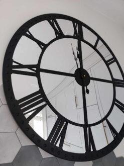 """Laikrodis """"Kvint"""""""